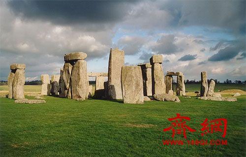 英国巨石阵地下发现大量神秘建筑 真相待解