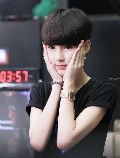 泰国变性演员颜值爆表 网友:美得不像人