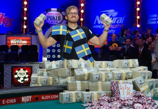 扑克赛赢千万美金 新一代赌神诞生